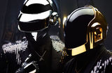 Daft Punk au cantat cu The Weeknd piesa Starboy la SNL
